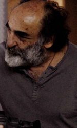 Quando la pittura di un maestro � rottura anche in un film - Elio Germano e Alessandro Haber in una scena del film L'ultima ruota del carro.