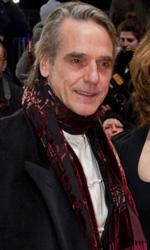 Berlinale 2013, rivive il mito di River Phoenix - Il red carpet del film A night train to Lisbon.