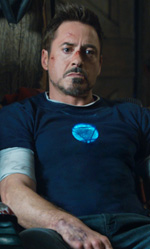 Un supereroe industriale - In foto l'attore Robert Downey Jr. in una scena di Iron Man 3.