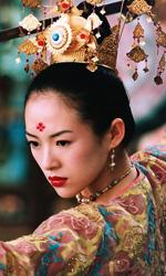 Il cinema mobile tra Oriente e Occidente - In foto Ziyi Zhang nel film diretto da Zhang Yimou, La foresta dei pugnali volanti .