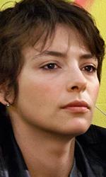 Guardare in faccia la fine - In foto la regista Valeria Golino che ha presentato a Cannes il suo esordio alla regia nel lungometraggio, il film Miele.