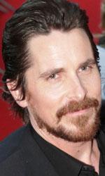 Berlinale 2014, il giorno di George Clooney - In foto Christian Bale sul red carpet di <em>American Hustle - L'apparenza inganna</em> di David O. Russell.