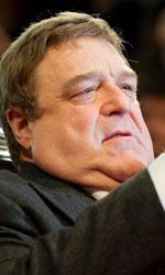Berlinale 2014, oggi è di scena Lars von Trier - John Goodman scatta fotografie sul red carpet.