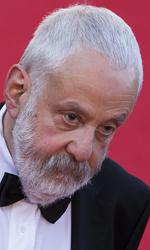 Cannes 67, il giorno di Egoyan e Bilge Ceylan - Il regista Mike Leigh sul red carpet.