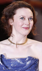 Cannes 67, Assayas e Zvyagintsev chiudono il concorso - Ken Loach e Simone Kirby sul red carpet.