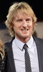 71. Mostra del Cinema, le Anime nere sul red carpet - Owen Wilson (in foto) � affiancato in She's Funny That Way da Jennfier Aniston (ieri assente), che interpreta una terapeuta con la madre in riabilitazione.