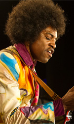 Jimi Hendrix, il musicista che cadde sulla terra - In foto André Benjamin, che in Jimi - All Is By My Side di John Ridley interpreta Jimi Hendrix.