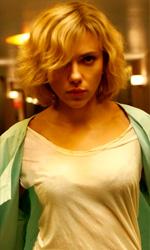 Lucy tra fantascienza e digitale - Scarlett Johansson in una scena del film Lucy di Luc Besson.