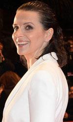 Berlinale 2015, il red carpet della serata d'apertura - Il cast del film <em>Nobody Wants the Night</em> � multietnico: l'attrice francese Juliette Binoche, l'attrice giapponese Rinko Kikuchi, l'attore irlandese Gabriel Byrne e la regista spagnola Isabel Coixet.