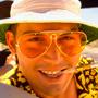 I dieci Johnny Depp che non somigliano a Johnny Depp - Jack Sparrow (La maledizione della prima luna) Forse l'invenzione di maggior successo, ispirata a Keith Richards, incredibilmente anacronistica in un film d'ambientazione settecentesca, ma calzante con il tono del film. � l'esempio migliore di cosa accada quando la mania per il trasformismo di Johnny Depp centra l'obiettivo: il film si modifica e incorpora un elemento spurio ed estraneo, dando vita ad un'armonia solo di poco piacevolmente dissonante.