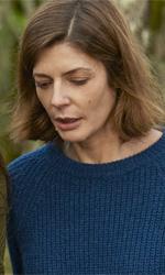 Tre cuori, geometria del triangolo - Chiara Mastroianni e Charlotte Gainsbourg in una scena del film Tre cuori di Beno�t Jacquot.