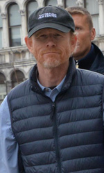 Inferno, le foto dal set a Venezia e Firenze - In foto il regista Ron Howard sul set a Venezia.