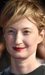 Festival di Cannes 2015, arriva Woody Allen - Tra gli interpreti c'� anche Alba Rohrwacher nei panni di circense.