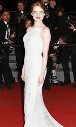 Festival di Cannes 2015, in concorso Moretti e Gus Van Sant - Ancora Emma Stone assediata dai fotografi, regina assoluta del red carpet di Irrational Man.