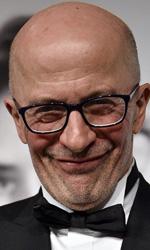 Festival di Cannes, vince Dheepan di Jacques Audiard - Qualsiasi storia nel cinema di Audiard per raggiungere il paradiso del sentimentalismo, quella punta emotiva che suscita nello spettatore l'irrazionale sensazione di partecipazione alle vicende dei personaggi, deve passare per l'inferno della violenza.