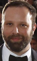 Festival di Cannes, vince Dheepan di Jacques Audiard - Il regista Yorgos Lanthimos insieme all'attore John C. Reilly in posa con il Premio della giuria vinto grazie a