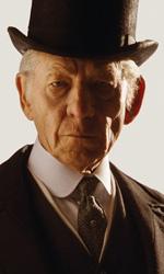 Gandalf diventa Sherlock Holmes - In foto Ian McKellen e Hattie Morahan in una scena di Mr. Holmes - Il mistero del caso irrisolto.