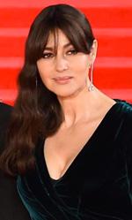 Spectre - 007, la premiere 'reale' a Londra - In foto i tre protagonisti del film, da sinistra L�a Seydoux, Daniel Craig e Monica Bellucci sul red carpet.