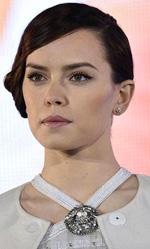 Daisy Ridley, nata sotto il segno della Galassia - In Star Wars: Episodio VII John Boyega interpreta Finn, tra i migliori membri delle nuove truppe d'assalto del Primo Ordine prima di disertare e unirsi alla Resistenza.
