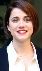 Eleonora Giovanardi, lo <em>Status</em> dell'attrice di talento - Eleonora Giovanardi è la protagonista femminile del successo di incassi Quo Vado?, quarta collaborazione tra Checco Zalone e il regista-autore Gennaro Nunziante.