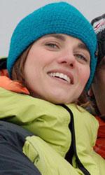 Eleonora Giovanardi, lo <em>Status</em> dell'attrice di talento - La Valeria di Eleonora Giovanardi incontra Checco tra i ghiacci del Polo Nord, dove sta studiando gli animali in via d'estinzione.