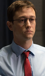Snowden: il grande fratello, quello vero - In foto Joseph Gordon-Levitt nei panni di Edward Snowden.