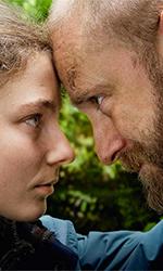 In foto Ben Foster (38 anni) Dall'articolo: Senza lasciare traccia, il trailer italiano del film [HD].