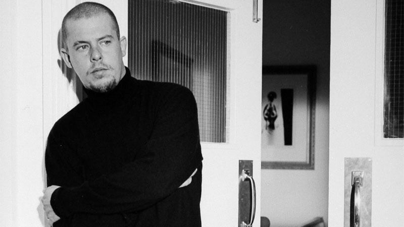 Alexander McQueen - Il genio della moda, il trailer italiano del film [HD]