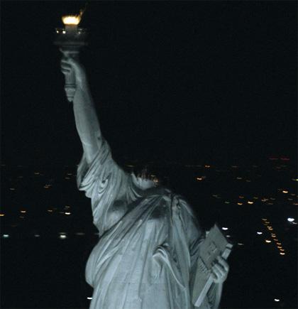 Anche l'America ha il suo Godzilla -  Dall'articolo: Cloverfield, il mostro è fuori ma non ci interessa.