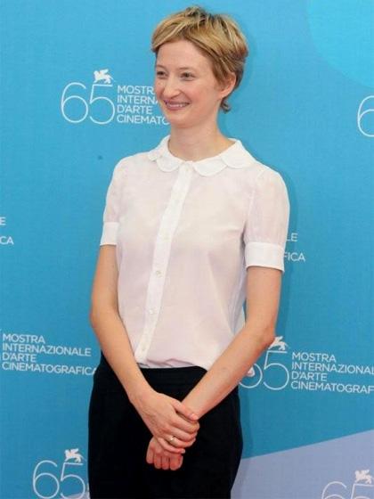 In foto Alba Rohrwacher (42 anni) Dall'articolo: Alba Rohrwacher: intervista esclusiva.