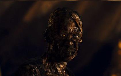 Risvegliare la mummia dell'Imperatore -  Dall'articolo: La Mummia - La Tomba dell'Imperatore Dragone, il film.