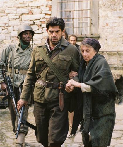 In foto Pierfrancesco Favino (52 anni) Dall'articolo: Miracolo a Sant'Anna: inno alla memoria storica.