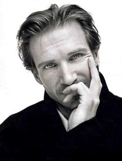 In foto Ralph Fiennes (59 anni) Dall'articolo: 5x1: Ralph Fiennes, il fratello bravo.