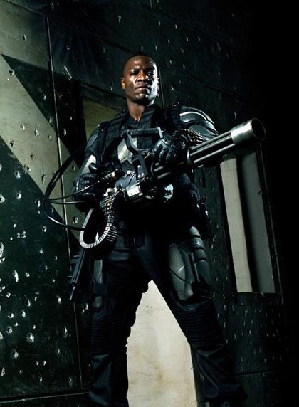 In foto Adewale Akinnuoye-Agbaje (52 anni) Dall'articolo: G.I. Joe: The Rise of Cobra, le prime immagini.