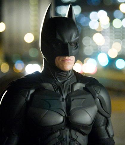 In foto Christian Bale (46 anni) Dall'articolo: Il cavaliere oscuro arriva in home video.