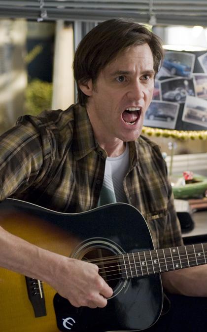In foto Jim Carrey (59 anni) Dall'articolo: Yes Man: altre immagini dal film.