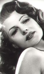 In foto Rita Hayworth (100 anni) Dall'articolo: Storia 'poconormale' del cinema: Hollywood, cambiano i tempi.