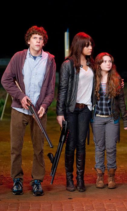 In foto Abigail Breslin (23 anni) Dall'articolo: Zombieland: prime immagini di Eisenberg, Harrelson e Breslin.
