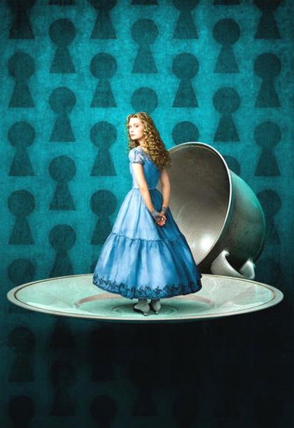 In foto Mia Wasikowska (30 anni) Dall'articolo: Alice in Wonderland: altre tre foto ufficiali.