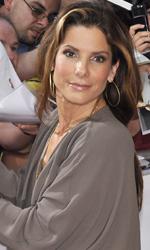 Ricatto d'amore, premiere a Monaco - Sandra Bullock mentre firma gli autografi