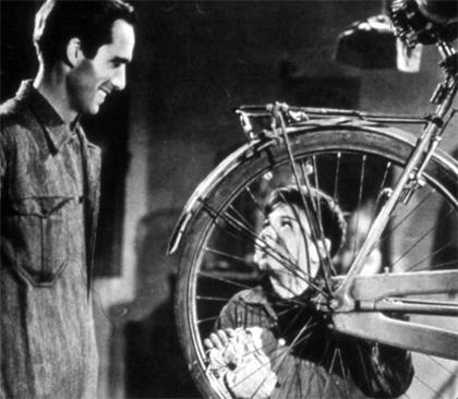 Puntata 20 -  Dall'articolo: Storia 'poconormale' del cinema: quando eravamo i più bravi del mondo.
