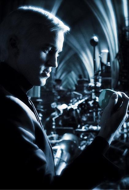 In foto Tom Felton (31 anni) Dall'articolo: Harry Potter e il principe mezzosangue: gli Inferi della caverna.