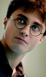 In foto Daniel Radcliffe (29 anni) Dall'articolo: Box Office: Harry Potter domina incontrastato.