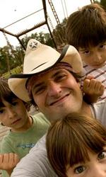 In foto Robert Rodriguez (53 anni) Dall'articolo: Il mistero della pietra magica: bambini in action.