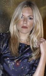 In foto Sienna Miller (38 anni) Dall'articolo: G.I.Joe: La Nascita dei Cobra, il film.