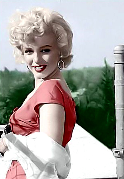 In foto Marilyn Monroe Dall'articolo: Parigi ricorda la leggenda di Brigitte Bardot.