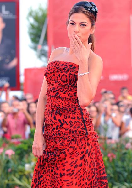 In foto Eva Mendes (45 anni) Dall'articolo: Baarìa: il red carpet.