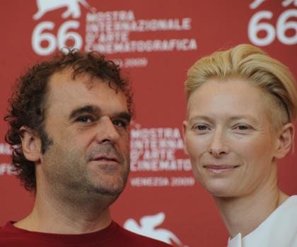 In foto Pippo Delbono (62 anni) Dall'articolo: Io sono l'amore: la Swinton e Guadagnino di nuovo insieme.