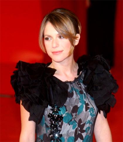 In foto Isabella Ragonese (40 anni) Dall'articolo: Viola di mare: il red carpet.