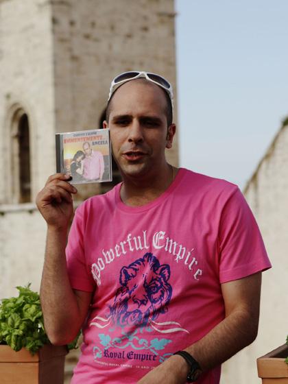 In foto Checco Zalone (44 anni) Dall'articolo: Cado dalle Nubi: la fotogallery.